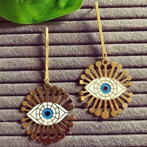 Lucky eye earrings